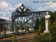 Der Braunauer Brückenkopf mit Kaiserdenkmal, um 1918
