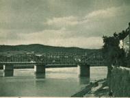 Österreichische Seite der Innbrücke von der Braunauer Lände aus, um 1920
