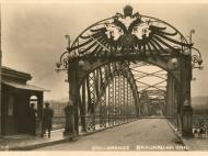 Ansicht des österreichischen Brückenabschlusses der Innbrücke um das Jahr 1935