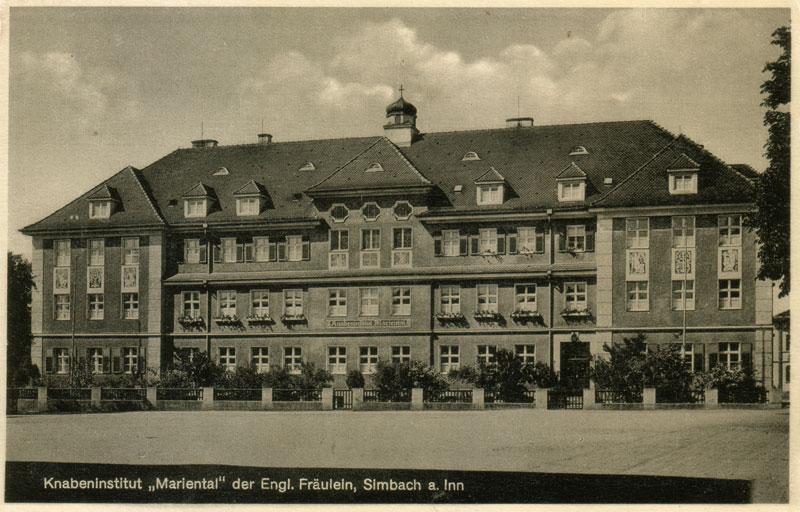 Frontansicht der Knaben-Oberschule Haus Mariental