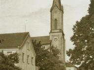 Pfarrkirche St. Marien mit Volksschule und Kloster Mariental